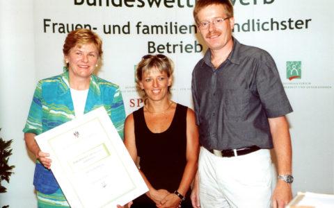 Verleihung Vorarlberg Frauen- und familienfreundlichster Betrieb Dorfinstallateur