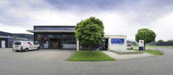 Gebäude Standort Feldkirch Dorfinstallateur mit Service Auto