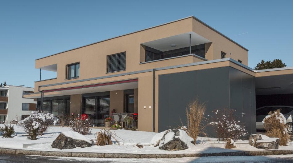 Referenz Dorfinstallateur Mehrfamilienhaus Feldkirch Außen Gebäude